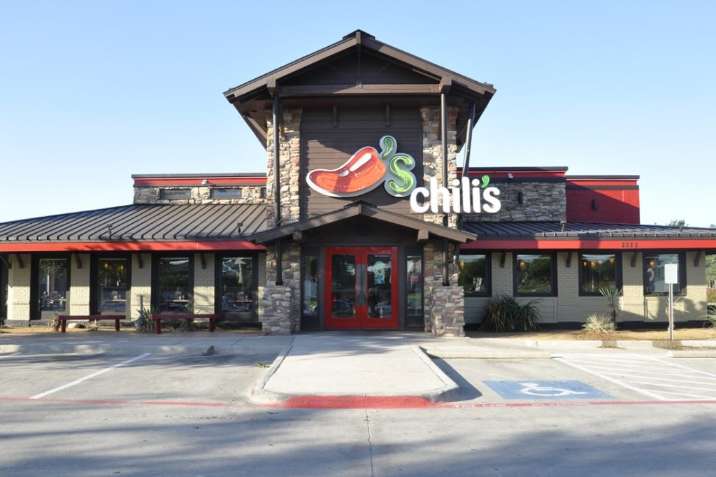 chilis freestanding channel letters and neon open face