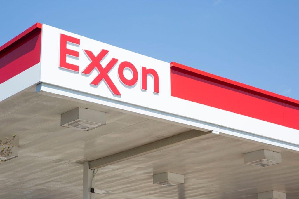 exxon canopy close up