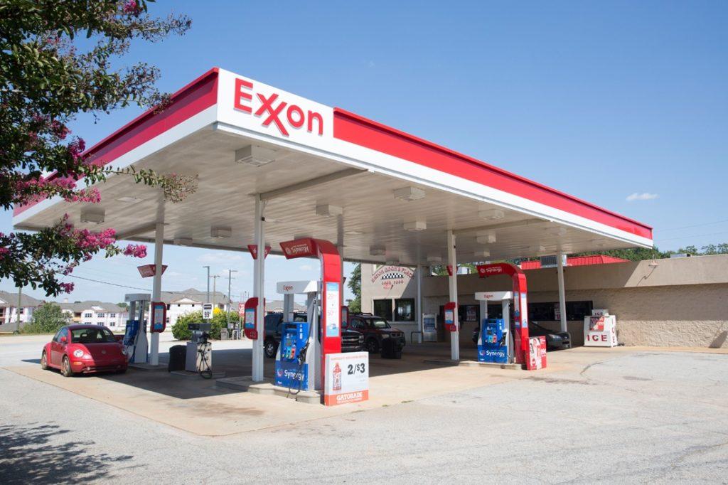 exxon canopy daytime