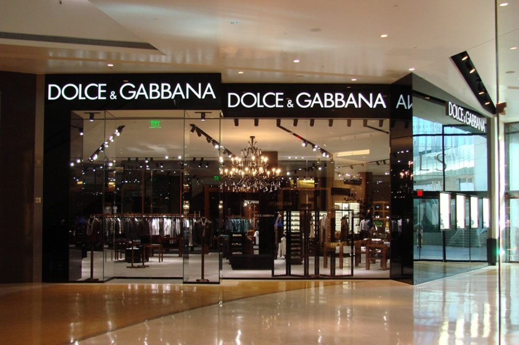 dolce and gabbana entrance channel letters