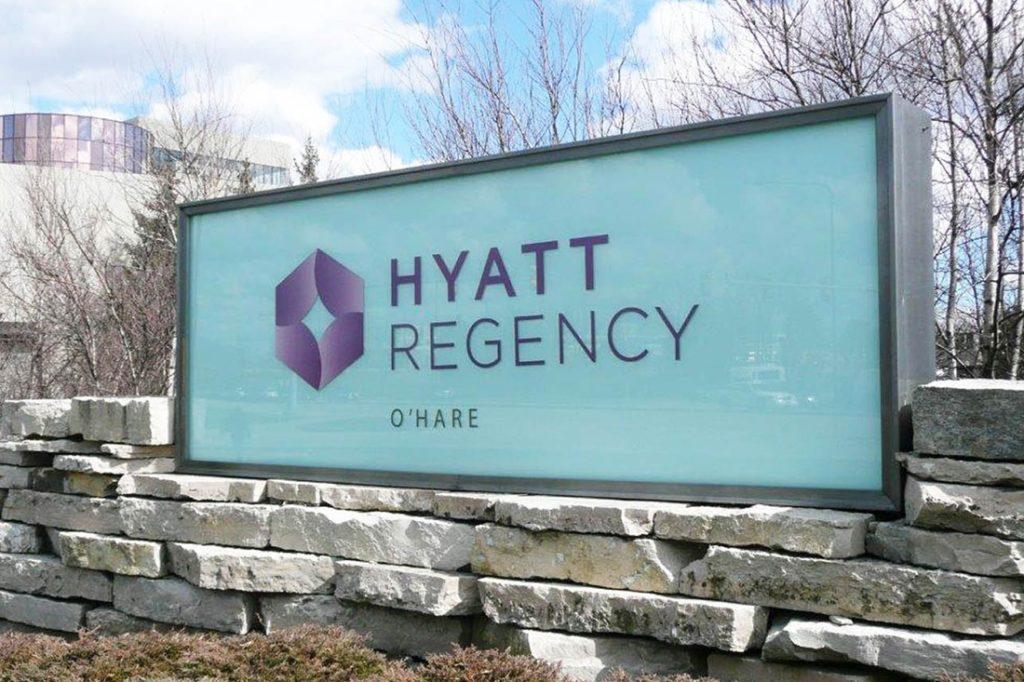 HyattRegency_Hospitality_Signage_1100x733_2