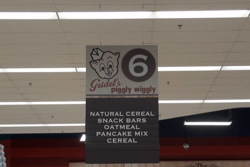 piggly wiggly aisle interior printed graphic