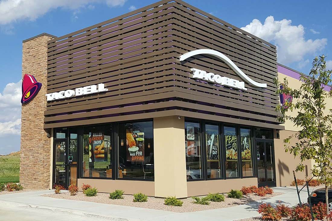 taco_bell_restaurants_signage_building_1100x733