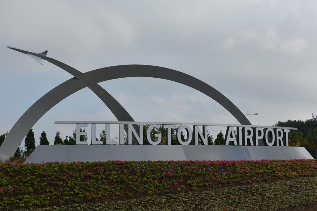 custom sign for houston airport system