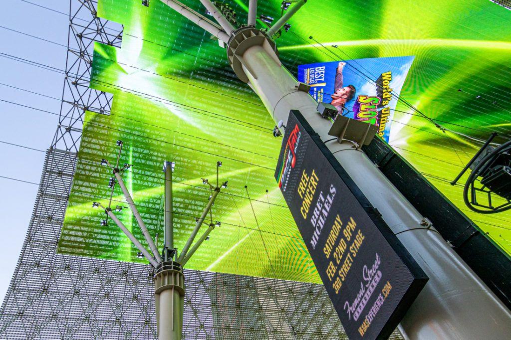 fremont_street_experience_digital_signage_installation_1100x733_0002_Fremont St. Dome 02-2020-7.jpg