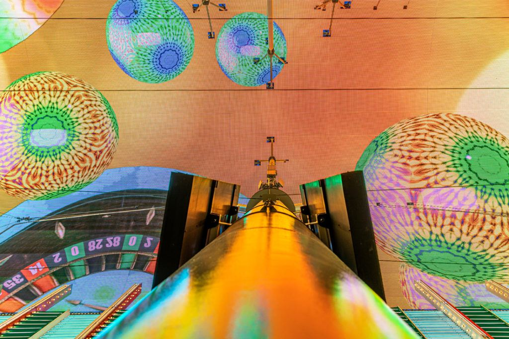 fremont_street_experience_digital_signage_installation_1100x733_0007_Fremont St. Dome 02-2020-13.jpg