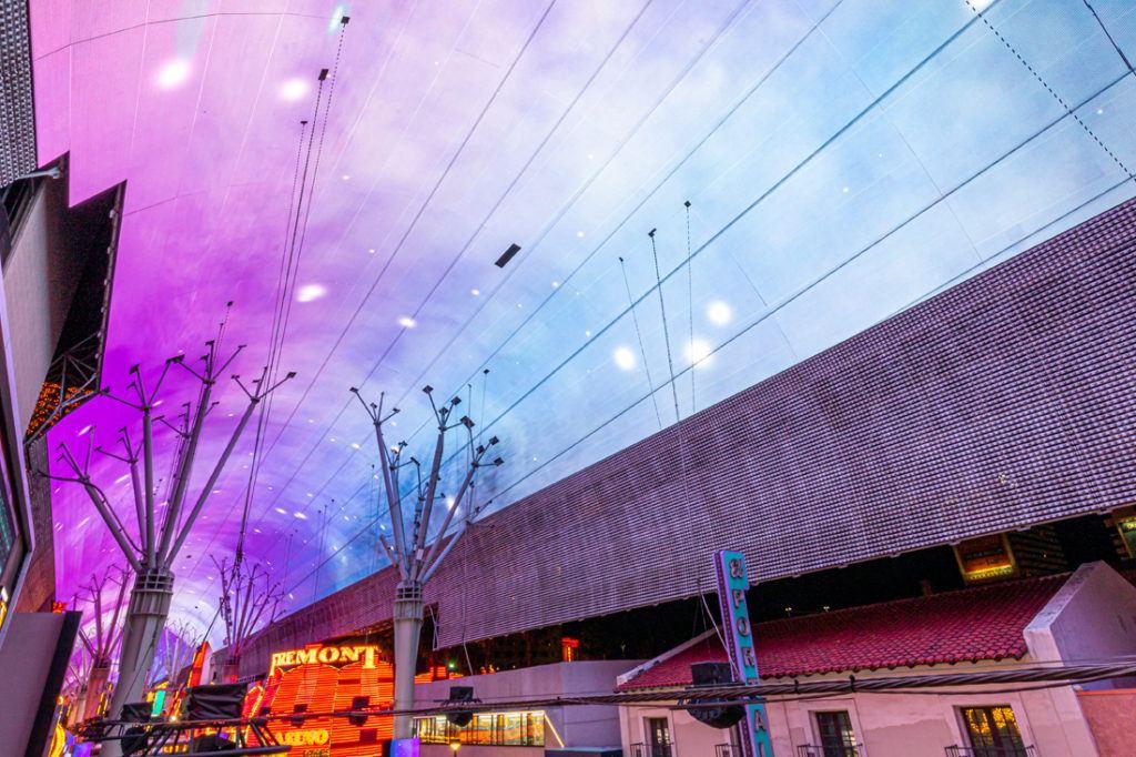 fremont_street_experience_digital_signage_installation_1100x733_0014_Fremont St. Dome 02-2020-29.jpg