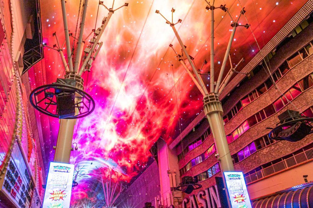 fremont_street_experience_digital_signage_installation_1100x733_0017_Fremont St. Dome 02-2020-32.jpg
