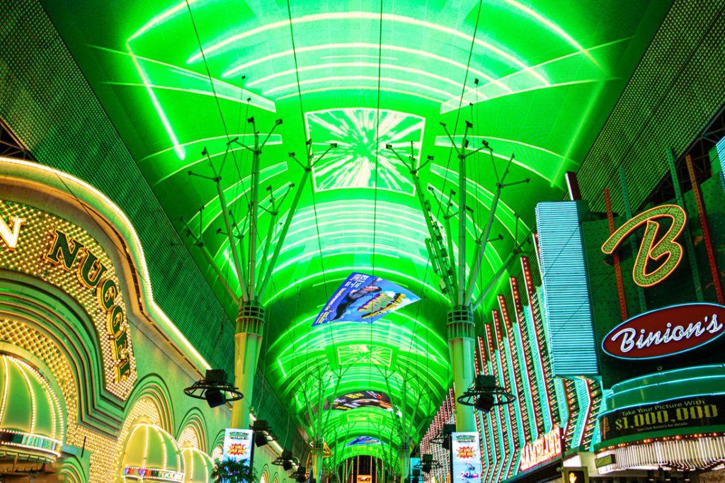 fremont_street_experience_digital_signage_installation_1100x733_0018_Fremont St. Dome 02-2020-35.jpg