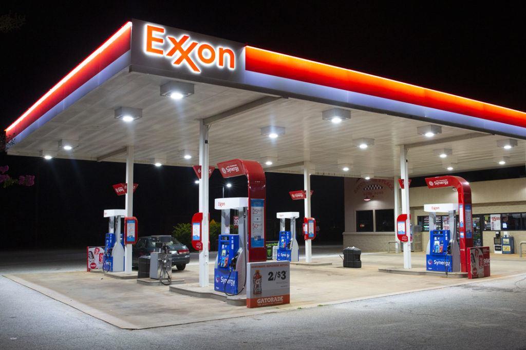 Exxon Mobil Petroleum 1100x733 (37)