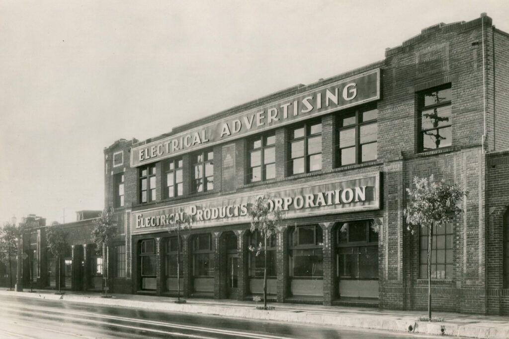 1910s-1920s-signage-vintage-photos_0001_img005_2.jpg