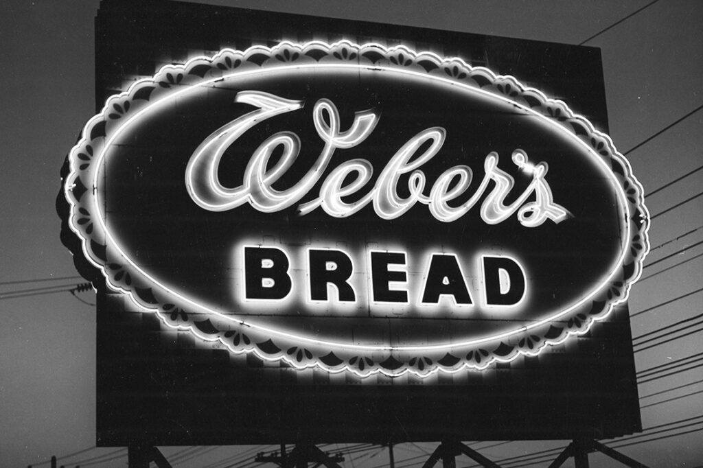 1940s-1950s-1960's-1970s-vintage-signage_0004_img219