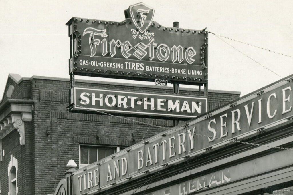 vintage-sign-photos-1930s-1940s-1950s_0004_img121.jpg