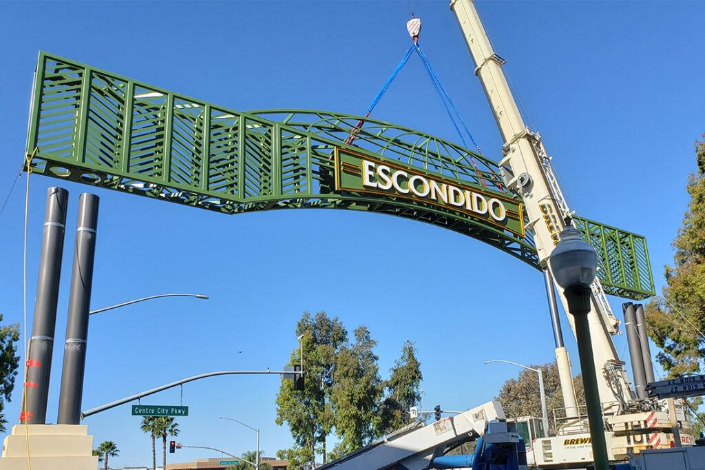 escondido_arch_welcome_sign_manufacturing_installation_government_1100x733_0006_20200303_090203