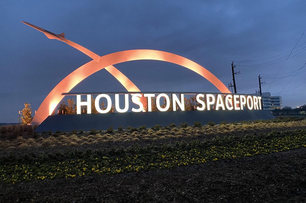 houston spaceport website photos 1100x733 colors entrance sign_0000_IMG_4183