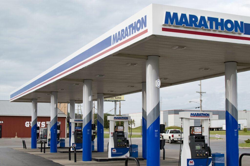 marathon-photos-website-1100x733_canopy_dispenser_column_cladding_petroleum_0016_Marathon_Canopy_Photos_Layers_Edits_JJA