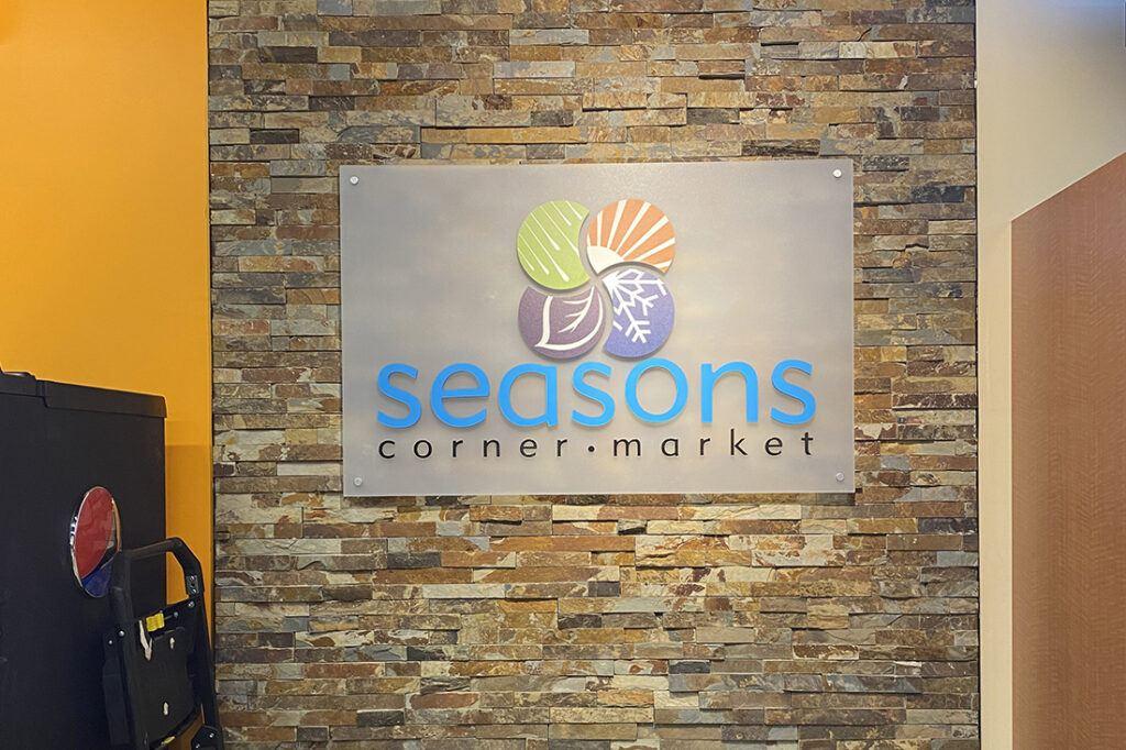 seasons corner market signage 1100x733 cstore_0008_16