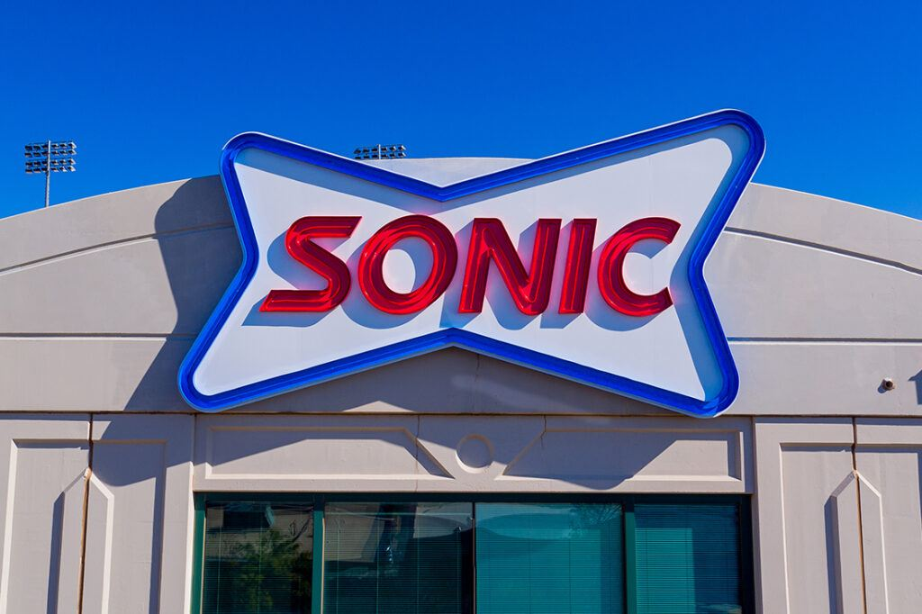 sonic corporate office signage 1100x733_0004_Final Sonic Sign Install-111